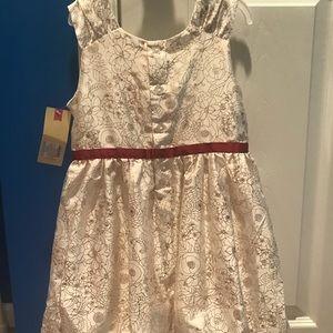 Dresses - Girl's dress size 5